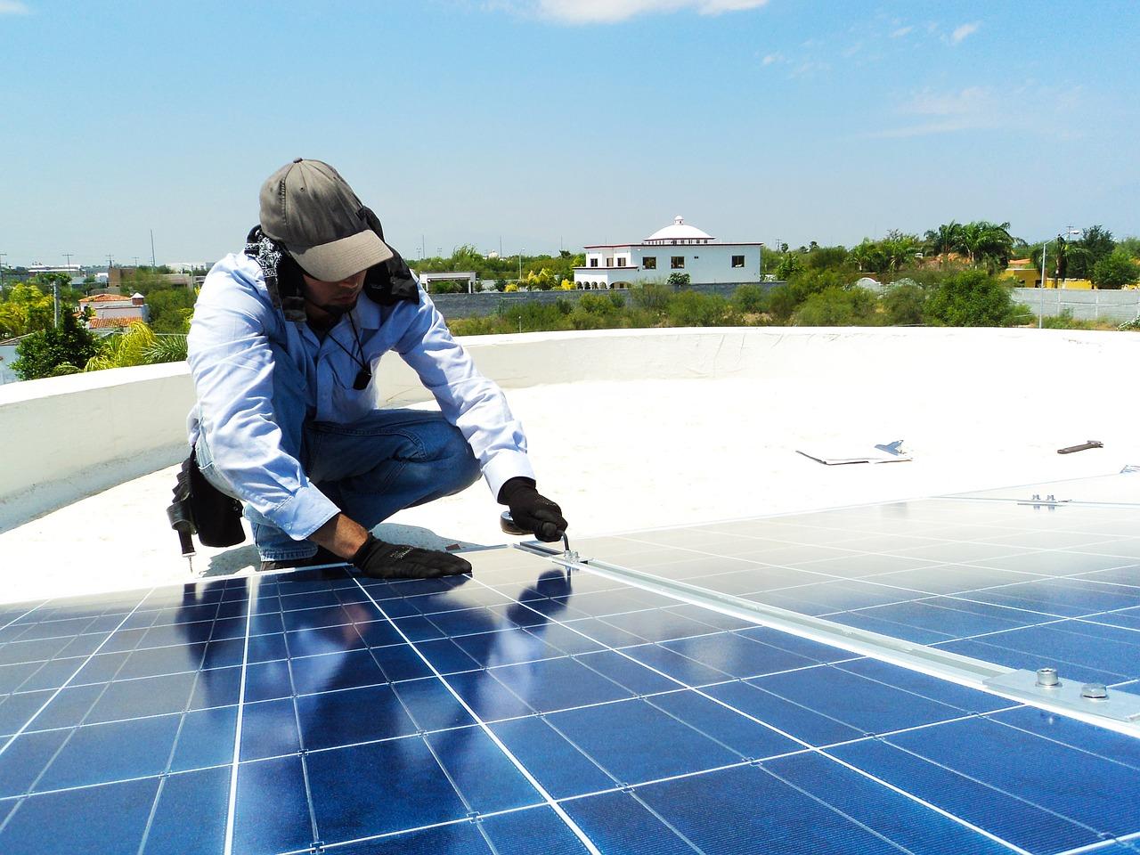 pesan pasang solar panel